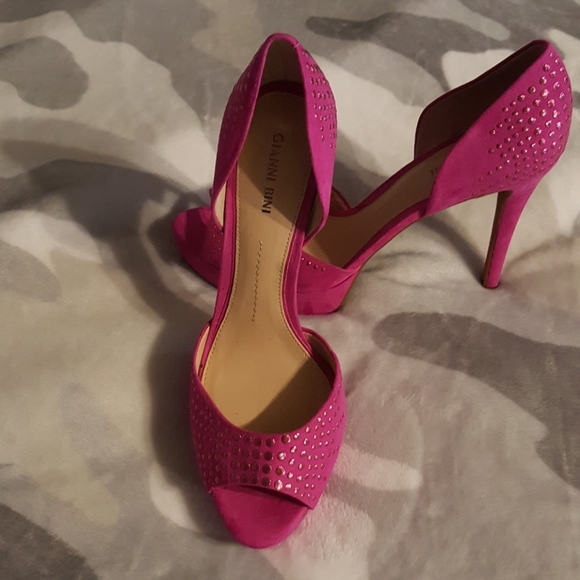 Gianni Bini Shoes   Pink Stud   Poshmark